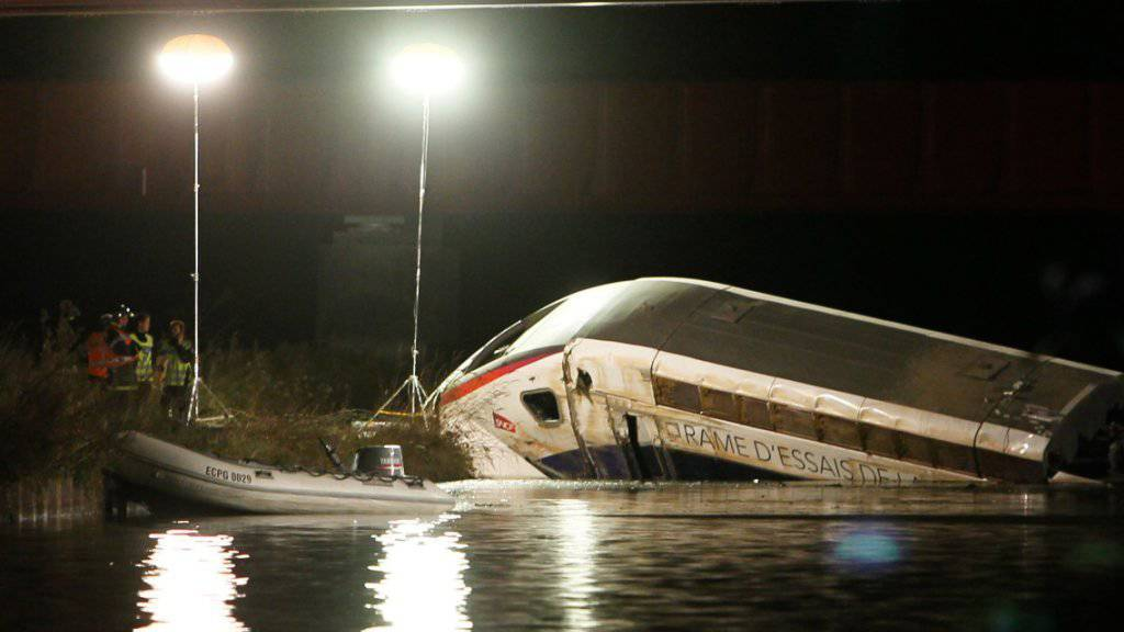 Im TGV waren auch Kinder, ob sie sich unter den Opfer befinden, steht noch nicht fest.
