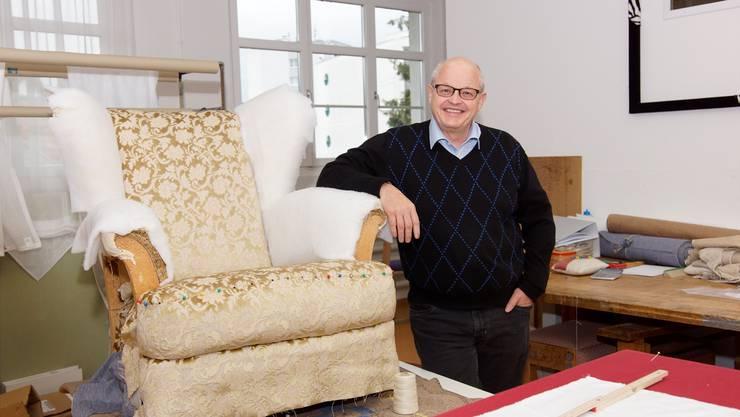 Einwohnerratspräsident Andrea Duschén in seinem Unternehmen für Wohnbedarf.