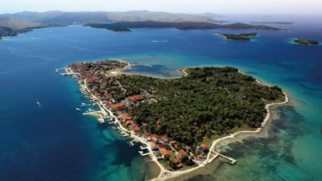 Perle in der Adria: Die Insel Krapanj vor der Dalmatischen Küste. Foto: HO