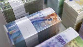 89 Aargauer Gemeinden haben zusammen ein Vermögen von 455 Millionen, 130 haben Schulden von insgesamt 482 Millionen Franken. (Archiv)