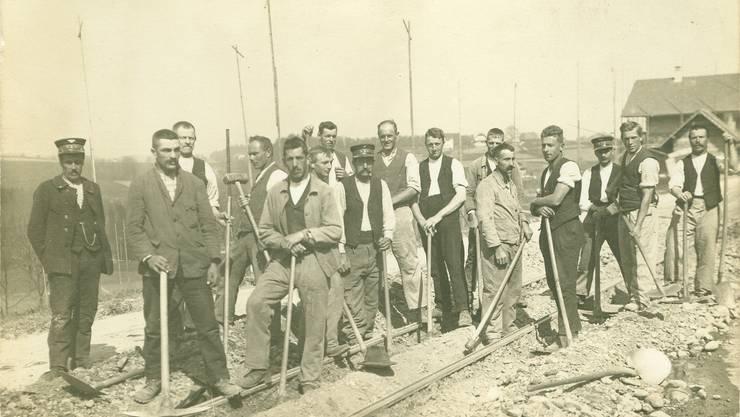Die neue Bahnlinie Bern-Solothurn im Bau, zirka 1912