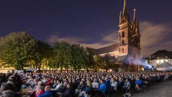 Bis zu 2200 Personen fasst der Münsterplatz an einem ausverkauften Abend.