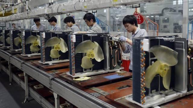 Klimaanlagen-Fabrik im chinesischen Wuhan. In China werden jährlich 60 Millionen Klimaanlagen verkauft.