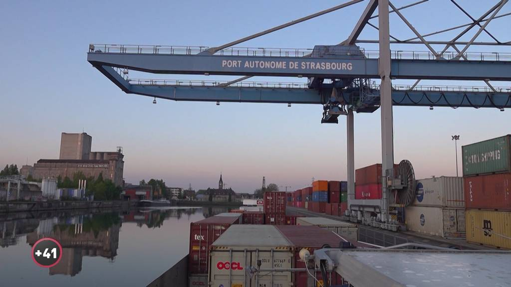 Auf dem Frachtschiff: Flussabwärts