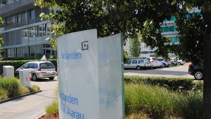 Hirslanden-Mitarbeitende zahlen nun mehr fürs Parkieren.