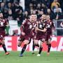 Torschütze Sasa Lukic und seine Mitspieler vom FC Torino bejubeln das frühe 1:0
