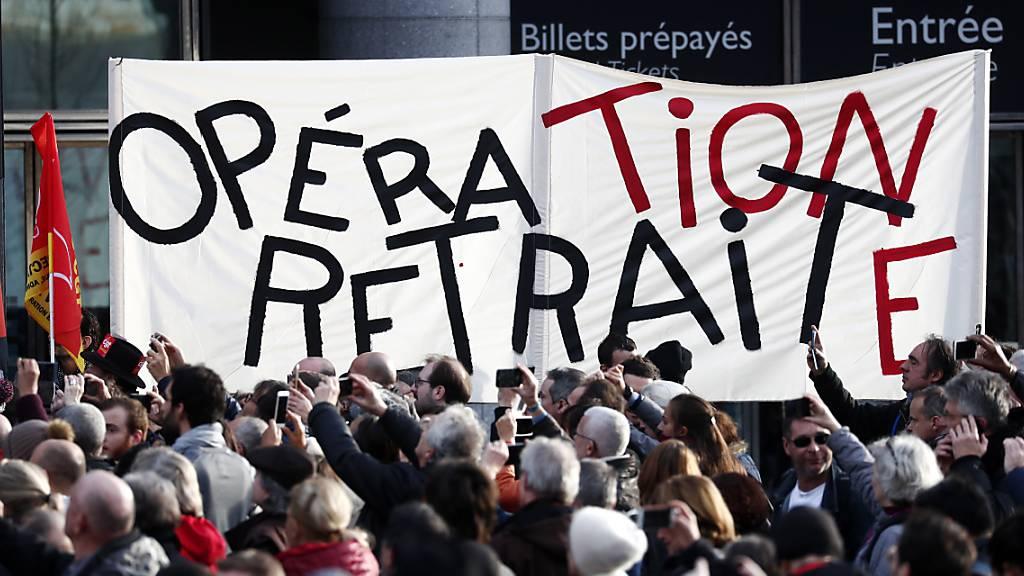 Streiks lähmen Frankreich auch zu Weihnachten