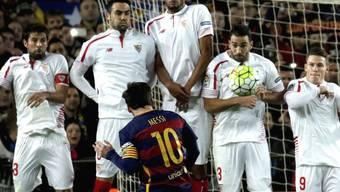 Zielte beim Freistoss zum 1:1 ganz genau: Barcelonas Superstar Lionel Messi