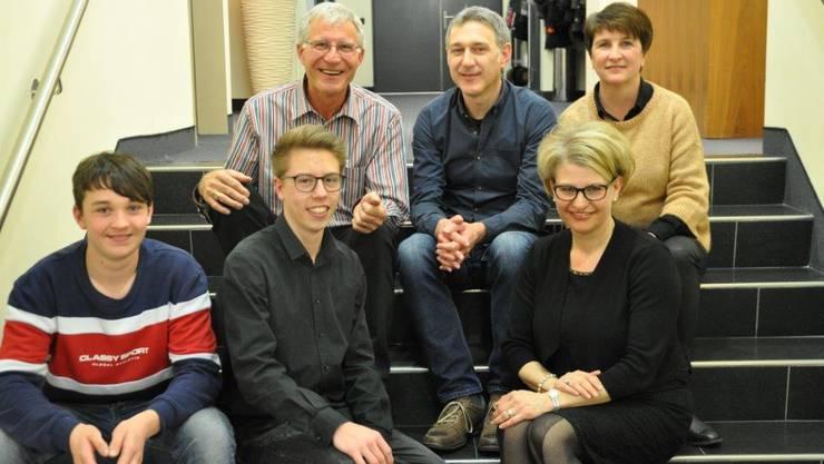 von oben links: Guido Lüthi, Roland von Arb, Judith Gallo, Yannic Wilhelm, Simon Felber und Barbara Junker