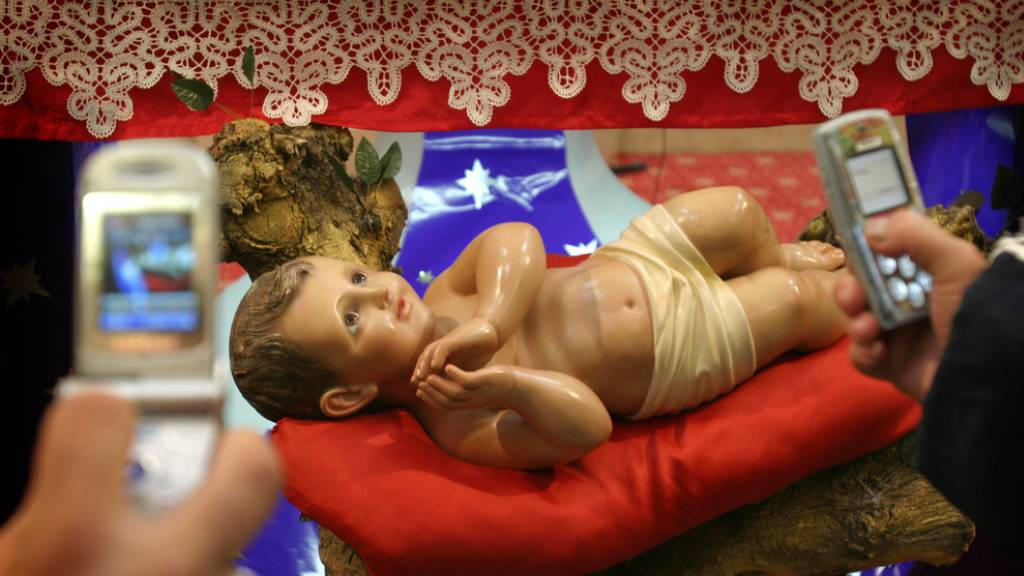 Franziskaner feiern Ankunft von Krippen-Reliquie