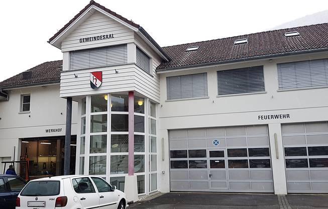 Die Feuerwehrkommission und Arbeitsgruppe Feuerwehrfahrzeuge fordert ausserordentliche Gemeindeversammlung