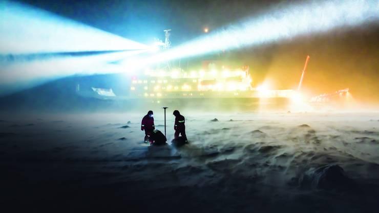 Das Schiff «Polarstern» brachte Forscher bereits mehrmals in Polargebiete. Erstmals wird es nun ein Jahr lang im Eis festfrieren.