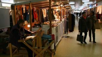 Für die Kunsthandwerker ist der Markt im Telli angenehmer, 2011 blieben die Kunden aber aus