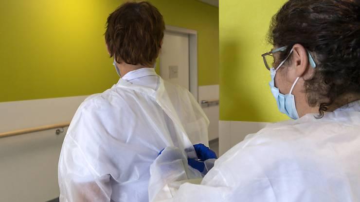 Das Coronavirus breitet sich in der Schweiz weiter aus. (Themenbild)