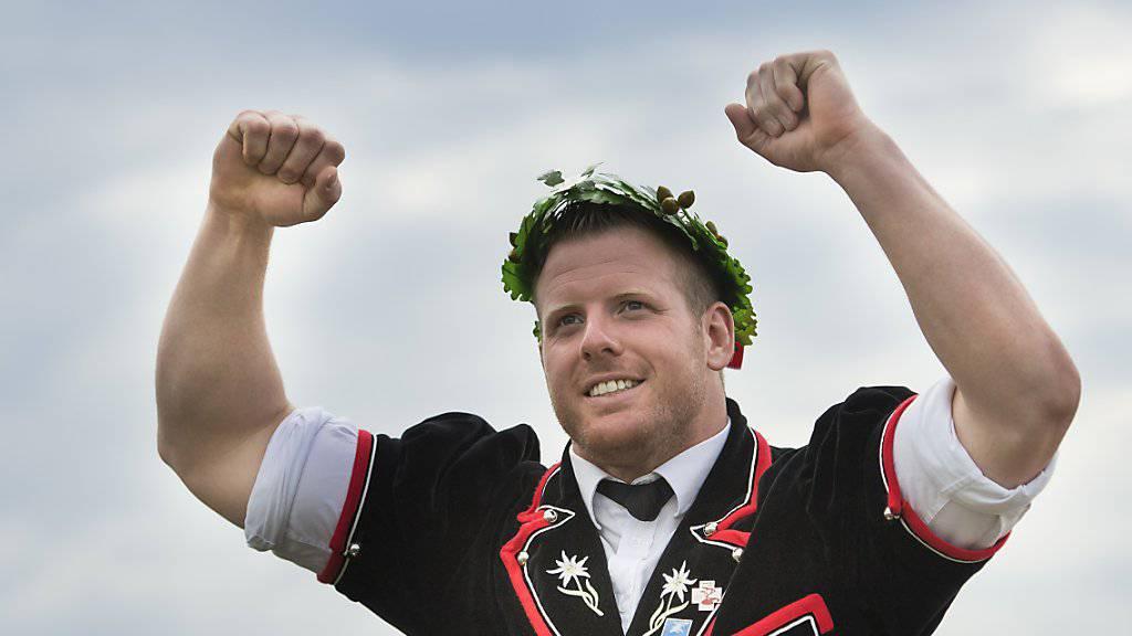 Matthias Glarner am Eidgenössischen im Moment des grössten Triumphs