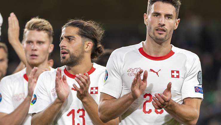 Fabian Schär (rechts) war einer der Besten in der Schweizer Mannschaft beim 1:1 in Dublin