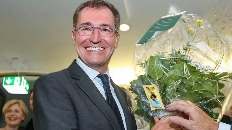 Roland Rino Büchel (SVP) freute sich am letzten Sonntag über seine Wiederwahl in den Nationalrat. Nun versuchte er im zweiten Wahlgang einen der beiden bisherigen St. Galler Ständeräte zu verdrängen.