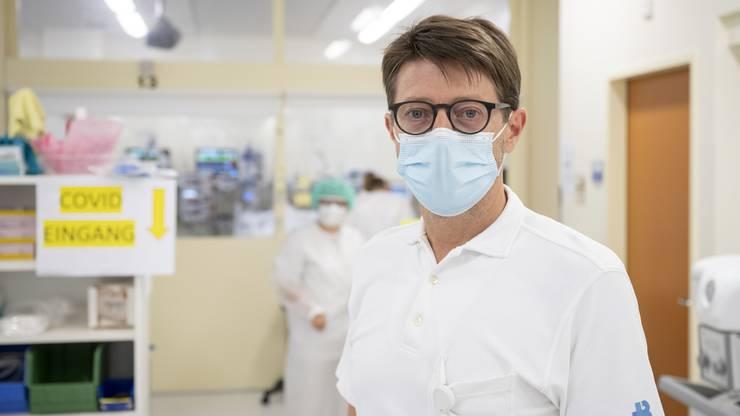 Markus Schwendinger, Chefarzt des interdisziplinären Notfallzentrums und der Intensivstation im Kantonsspital Baden.