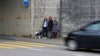 Sind unzufrieden mit der Sicherheit am Fussgängerstreifen an der Laufenburgerstrasse: Die IG Schülerlotsen.