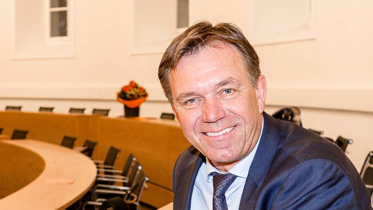 Andreas Meier im Grossratssaal.
