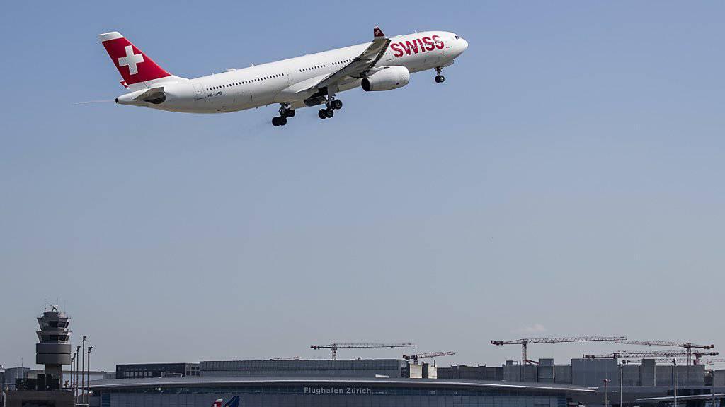 Die Swiss hat im Mai nicht nur mehr Passagiere transportiert, sondern dafür auch mehr Flüge durchgeführt. (Archiv)