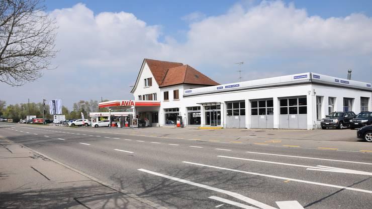 Weil die Tankstelle an der Überlandstrasse schliesst, muss auch die Stadt Dietikon ihre Gas-Zapfsäule abbauen.