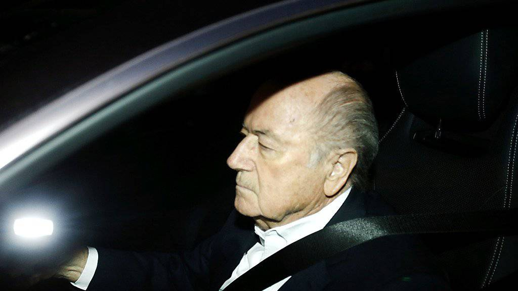 Sepp Blatter soll sich im Spital auf dem Weg der Besserung befinden