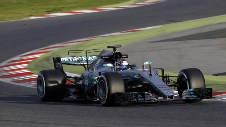 Der Dominator der letzten drei Jahre gilt auch dieses Jahr als Favorit auf beide Titel. Sie können auf zwei erfahrene Piloten zählen, nämlich auf den dreifachen Weltmeister Lewis Hamilton und auf den Finnen Valtteri Bottas.