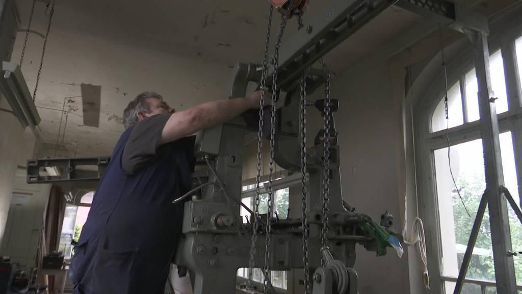 109-jährig: Gossauer Stickmaschine wird gerettet