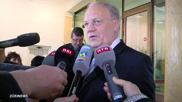 Wirtschafts-Minister Schneider-Ammann bittet zur Diskussion