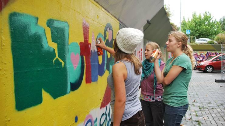 Am Mädchenkulturtag befassten sich die 12 bis 17-Jährigen vergangenes Jahr mit Kunst und heuer mit Style. (Foto: zvg)