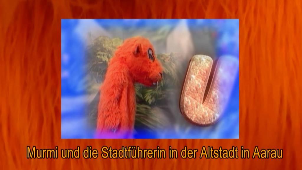 Murmi und die Stadtführerin in der Altstadt in Aarau