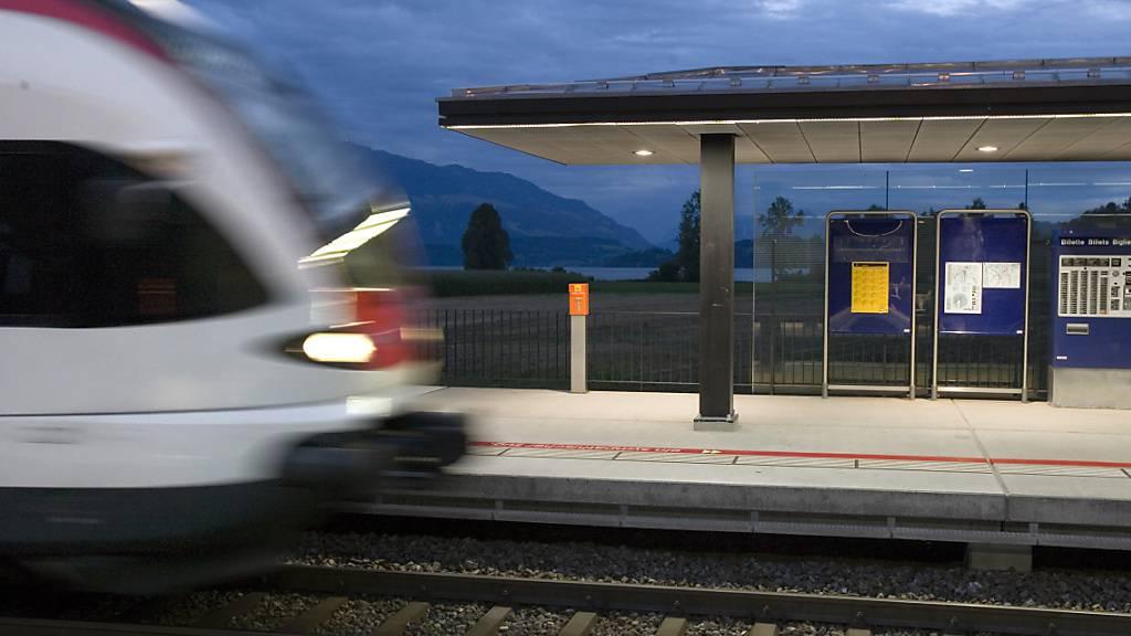 Fast ein Drittel weniger Passagiere in Zuger Bahnen und Bussen