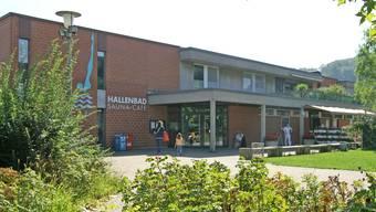 Im Hallenbad in Muttenz wurden im März Legionellen nachgewiesen. (Archivbild)