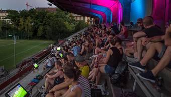 Während der WM veranstaltete die Basler Fankurve zwei Public Viewings auf dem Landhof.