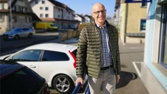 Philipp Schmid führt mit seinem Bruder Raphael das Unternehmen «Schmid Immobilien» an der Aarauerstrasse 25.