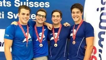 SVB Staffel Herren mit ihrer Bronzemedaille über 4x50 Meter.