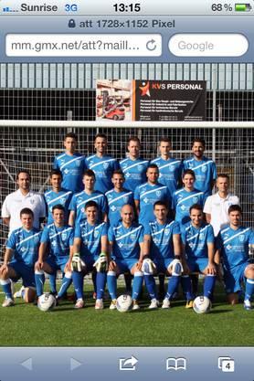 Diese Mannschaft, neu aufgestiegen, so nach 22 Jahren in die 2. Liga regional konnte voll den Erwartungen der beiden Gemeinden Frenkendorf und Füllinsdorf entsprechen. Warum? Ja man genehmigte den Kunstrasen.