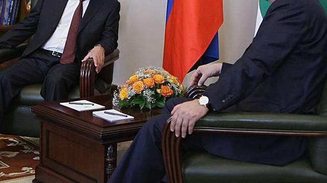 Putin mit Abchasiens Führer Bagapsh