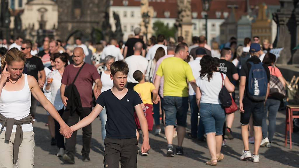 Corona-Fallzahlen in Tschechien steigen weiter an