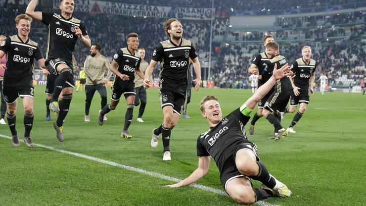 Der 19-jährige Ajax-Captain Matthijs de Ligt (vorne) köpfelte die «jungen Wilden» aus Amsterdam in den letztjährigen Champions-League-Halbfinal.