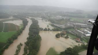 Hochwasser in Dulliken (Bild: Kapo SO)