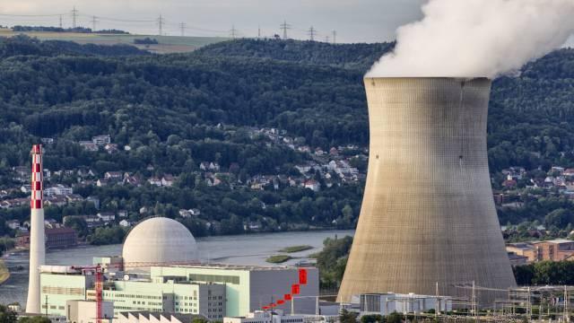 Die Untersuchungen haben gezeigt, dass die Oxidschicht an den Brennelementen bereits so weit fortgeschritten ist, dass sie nicht wieder für den nächsten Betriebszyklus verwendet werden können. (Archivbild)