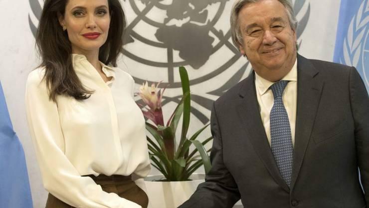 UNO-Generalsekretär Antonio Guterres begrüsste am Donnerstag Angelina Jolie zu einem Gespräch über Flüchtlinge.