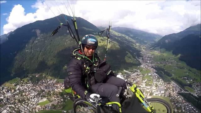 Mit dem Rollstuhl über die Alpen fliegen