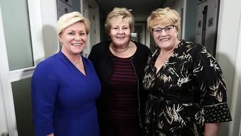 Die drei politischen Schwergewichte Norwegens bilden mit ihrer Dreiparteien-Minderheitskoalition die neue Regierung. Von links die Parteichefinnen Siv Jensen (rechtspopulistische Fortschrittspartei Frp), Ministerpräsidentin Erna Solberg (konservative Høyre) und Trine Skei Grande (liberale Venstre).