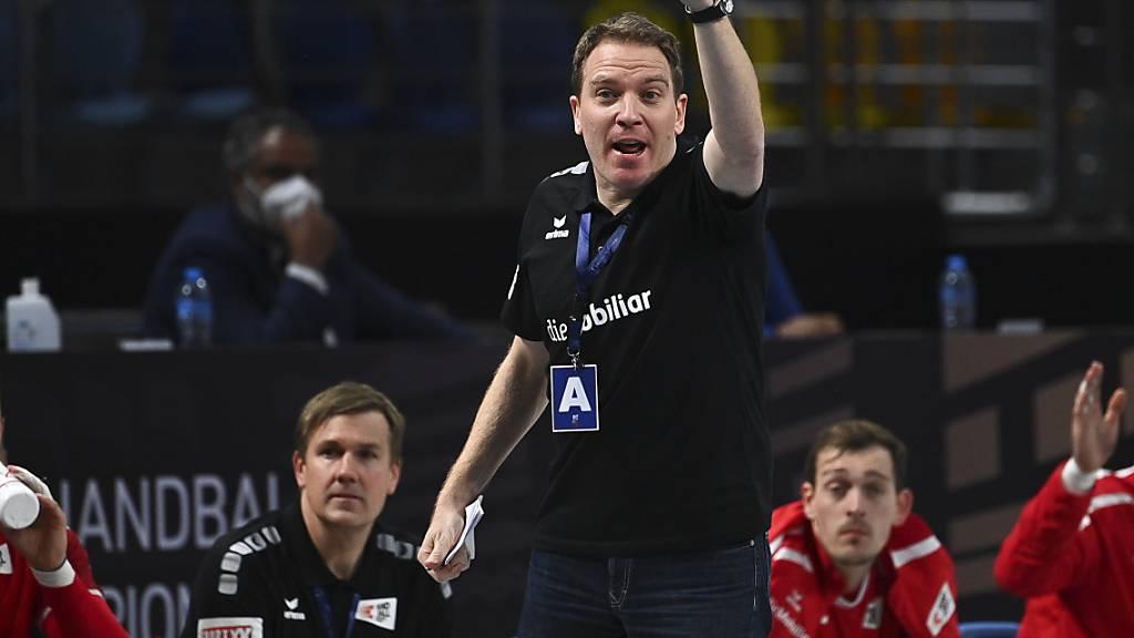 Der Schweizer Nationaltrainer Martin Suter strebt mit seinem Team den nächsten Sieg in der Hauptrunde an