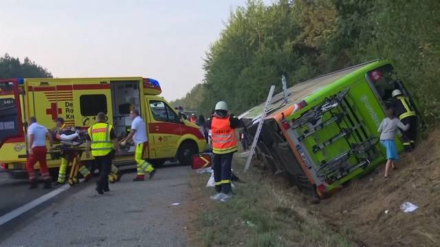 Sechs Schwerverletzte bei Flixbus-Unfall