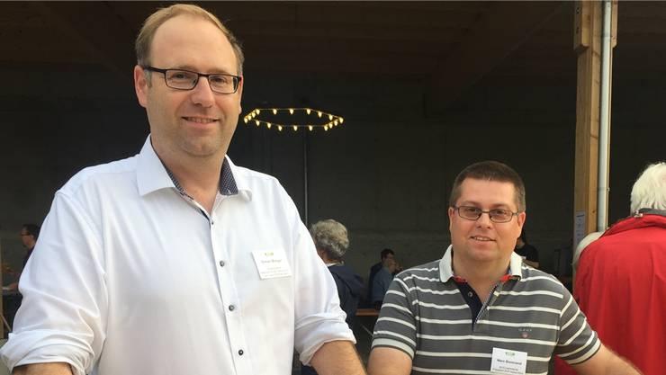 Stadtratskandidat Simon Burger (l.) mitSVP-Präsident Marc Bonorand am Donnerstag auf dem Binzenhof.