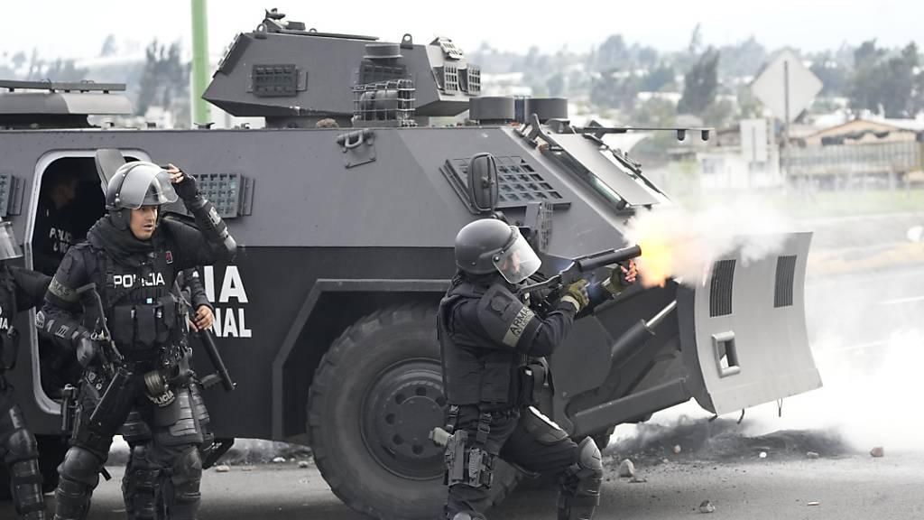Krawalle bei Protesten gegen Benzinpreis in Ecuador